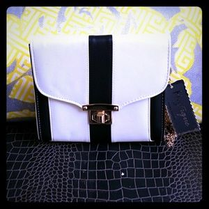 Modern black and white striped clutch gold chain